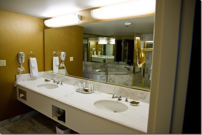 Celebrity Spa Suite or Signature at MGM Grand ... - Yahoo ...